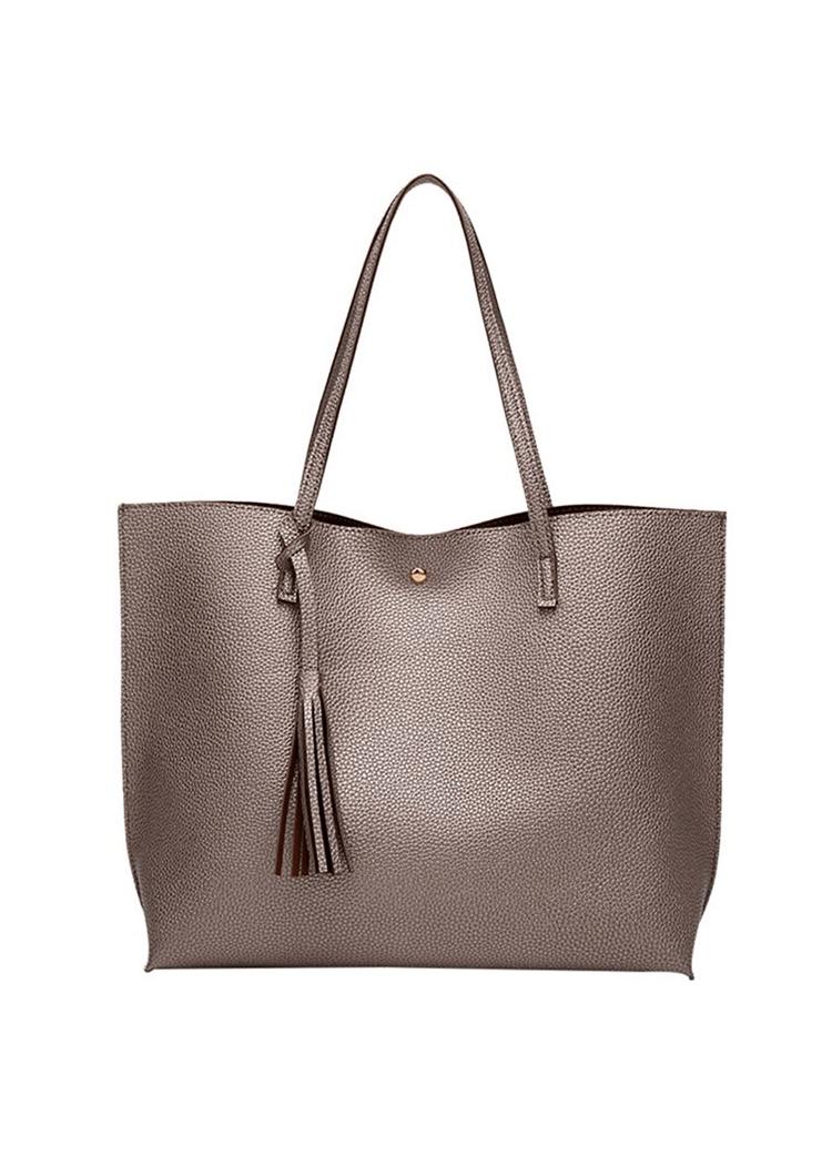 Praktická kabelka, do ktorej sa vám zmesti toho veľa.
